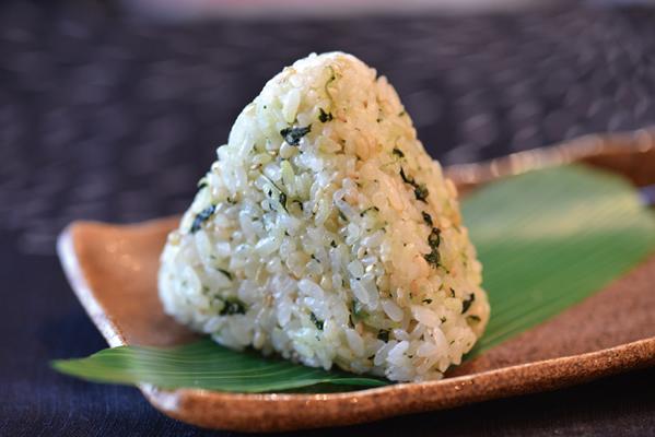 緑米むすび